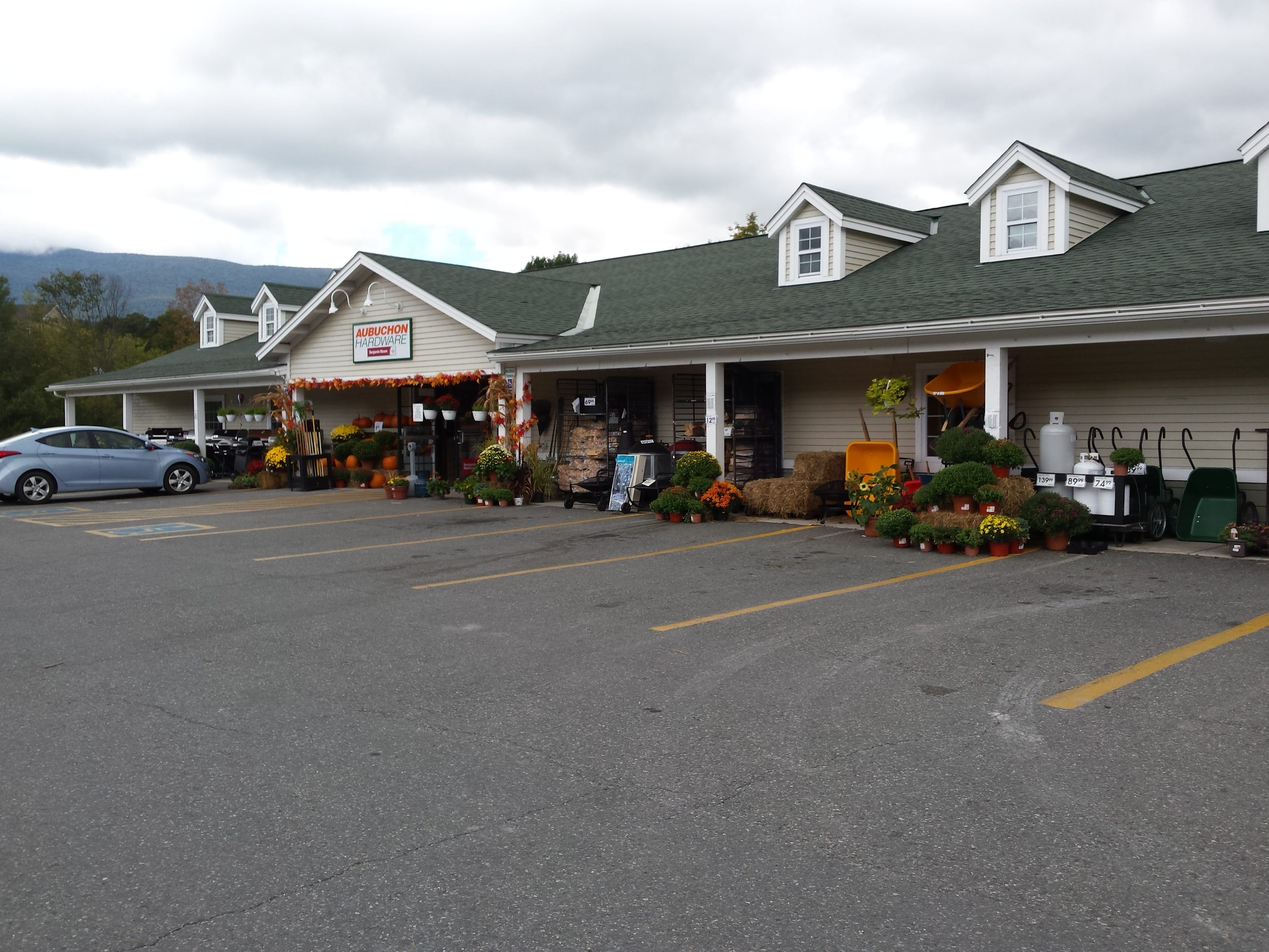 Clothing stores manchester vt